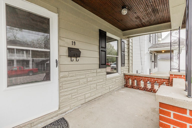 Photo 2 for 19 W 33rd St Latonia, KY 41015
