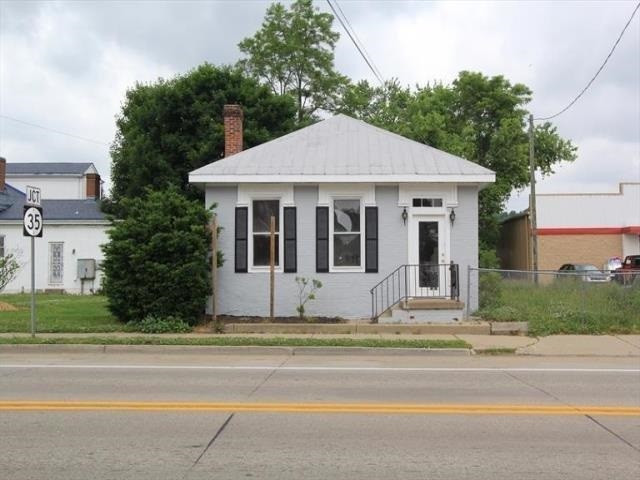 Photo 1 for 201 E Main St Warsaw, KY 41095