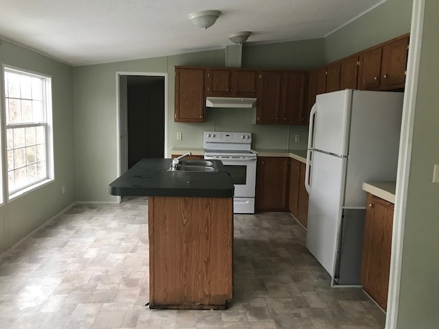 Photo 3 for 2021 Mary Ingles Highway Maysville, KY 41056