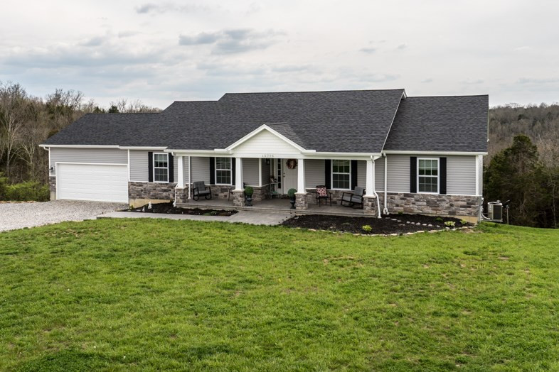 Photo 1 for 15796 Pfanstiel Rd Demossville, KY 41033