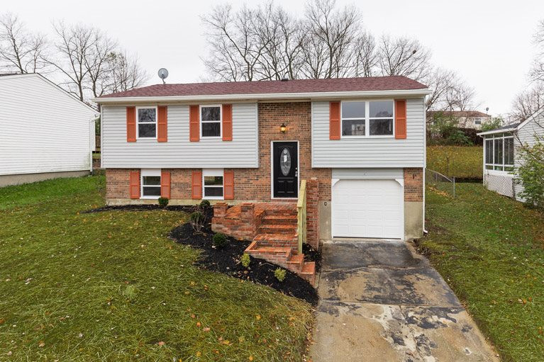 41 Carriage Hill Dr