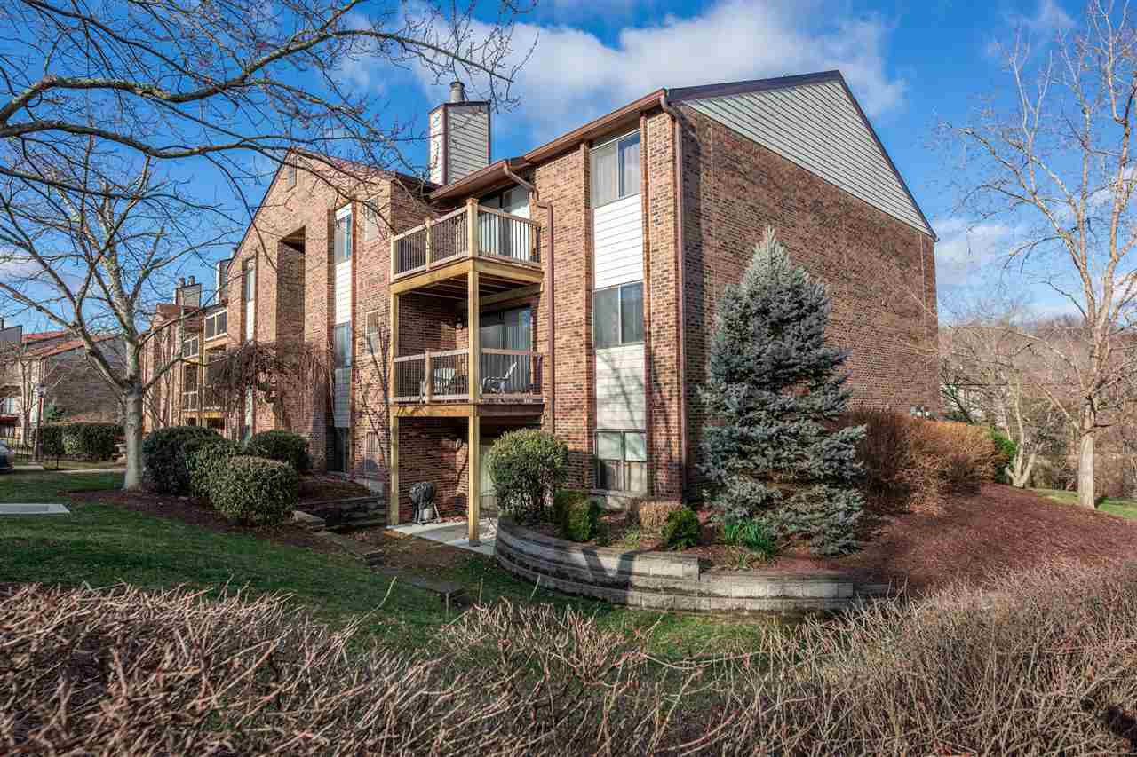 Photo 1 for 42 Woodland Hills Drive, 7 Southgate, KY 41071