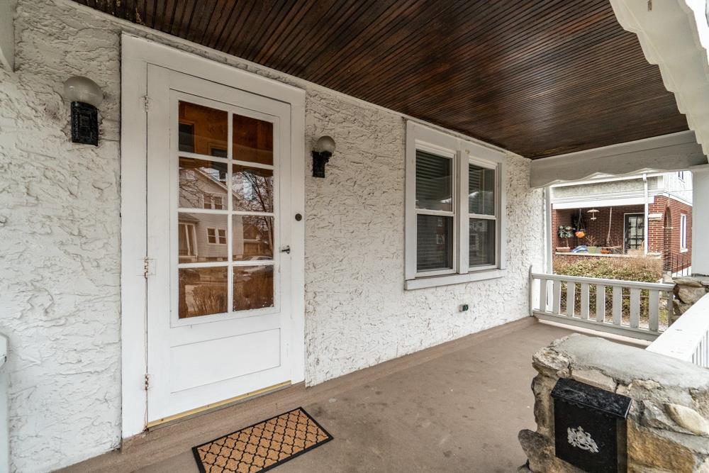 Photo 2 for 315 Hawthorne Covington, KY 41014