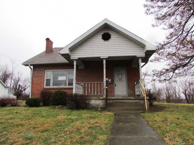 Photo 1 for 614 N Main St Williamstown, KY 41097