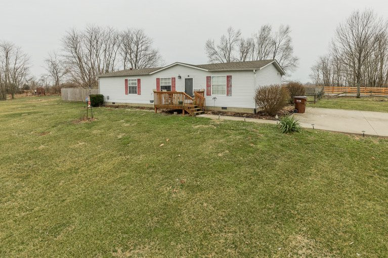 Photo 1 for 200 Millers Ridge Warsaw, KY 41095