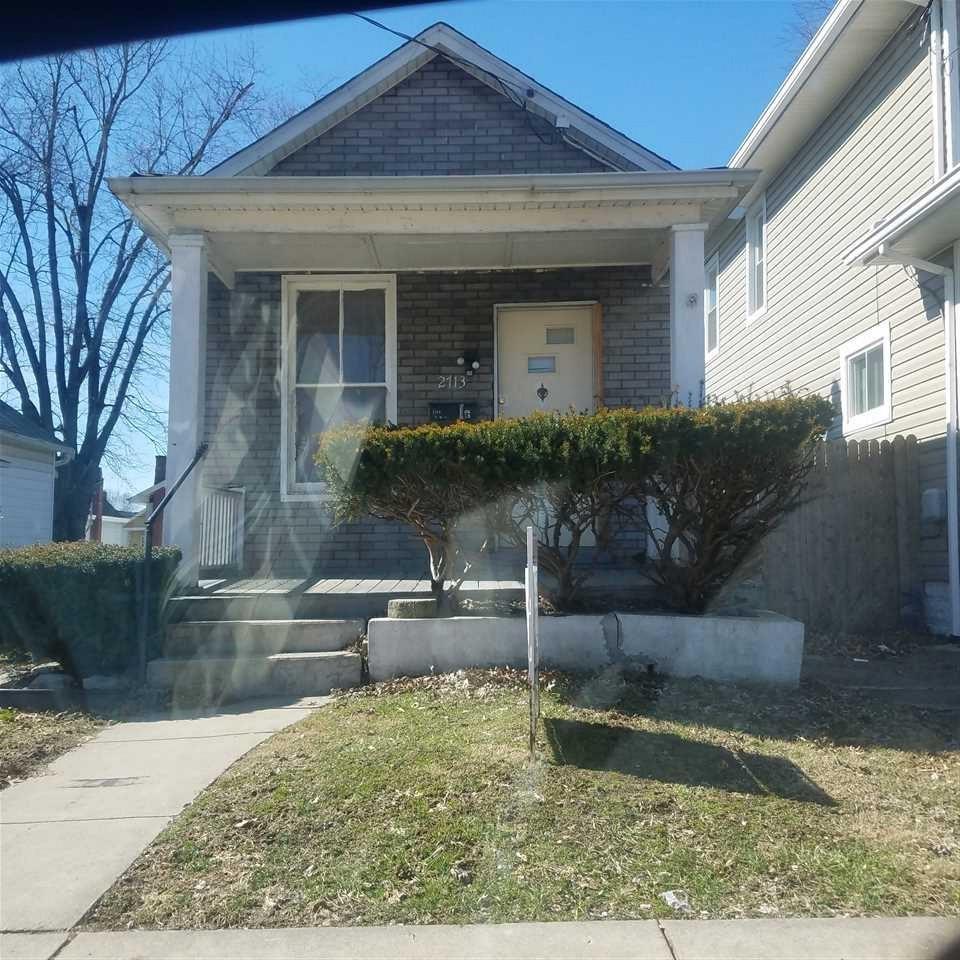 2713 Alexandria Ave.