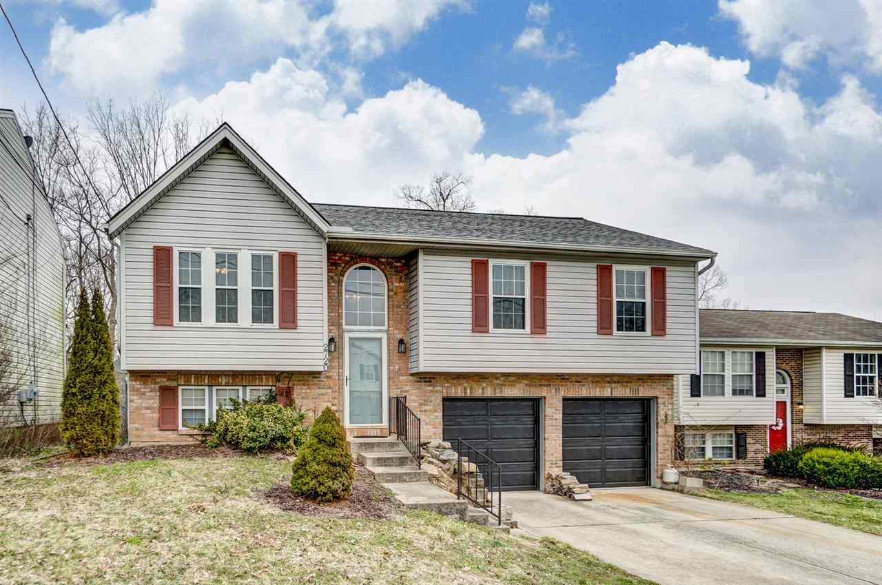 Photo 1 for 2720 Ridgecrest Ln Covington, KY 41017