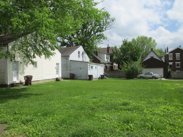 Photo 2 for 1727 Eastern Ave Covington, KY 41014