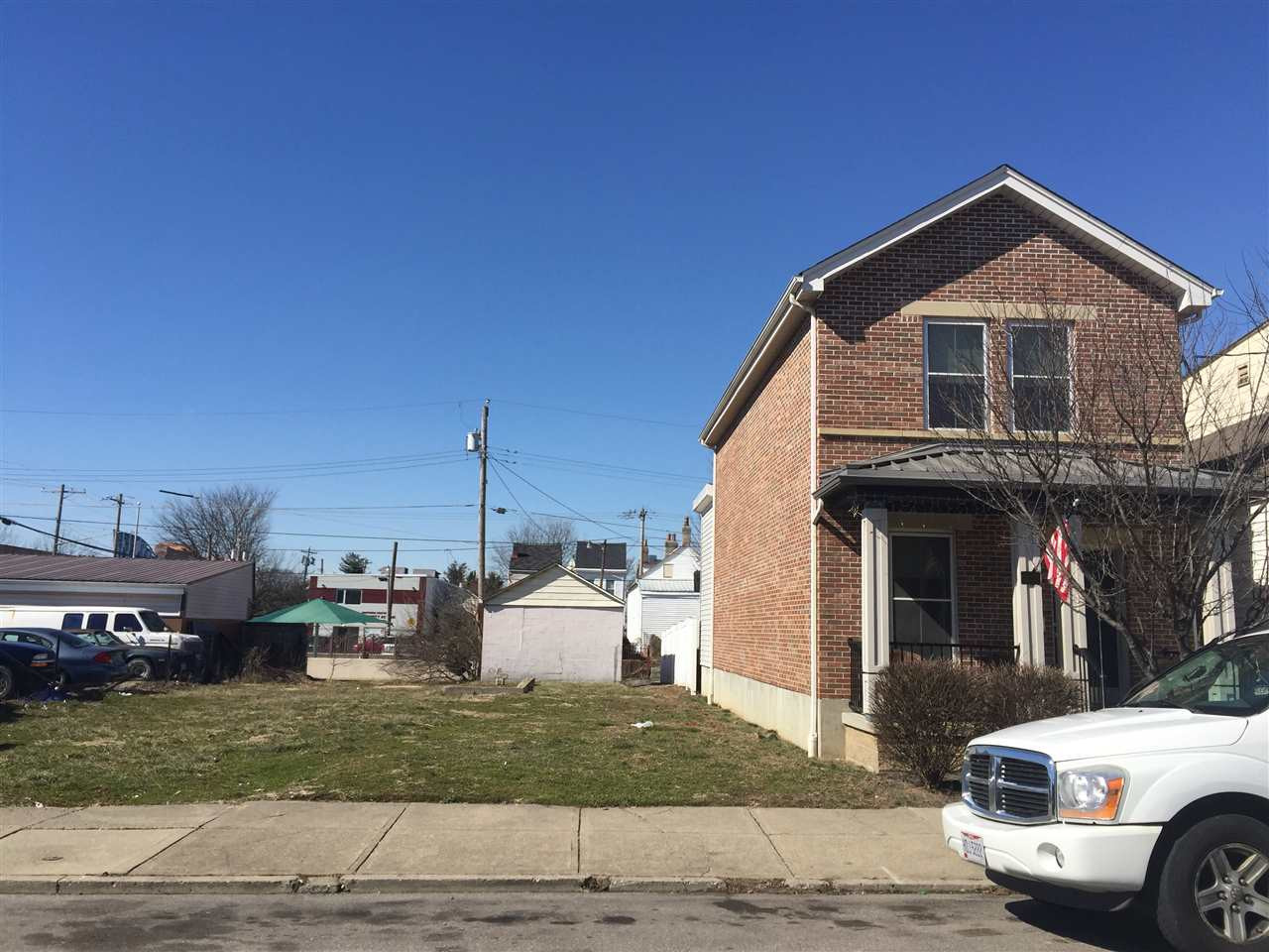 Photo 1 for 433 Lindsey St Newport, KY 41071