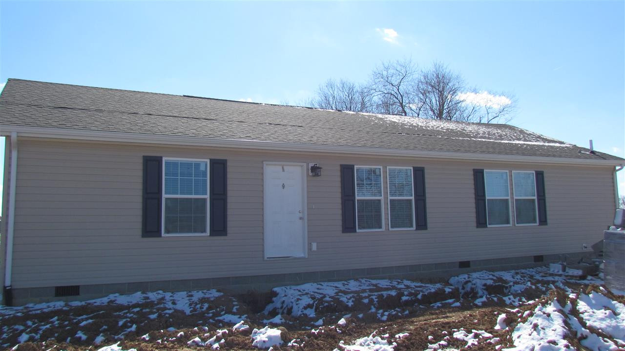 Photo 1 for 294 Horseshoe Dr Cynthiana, KY 41031