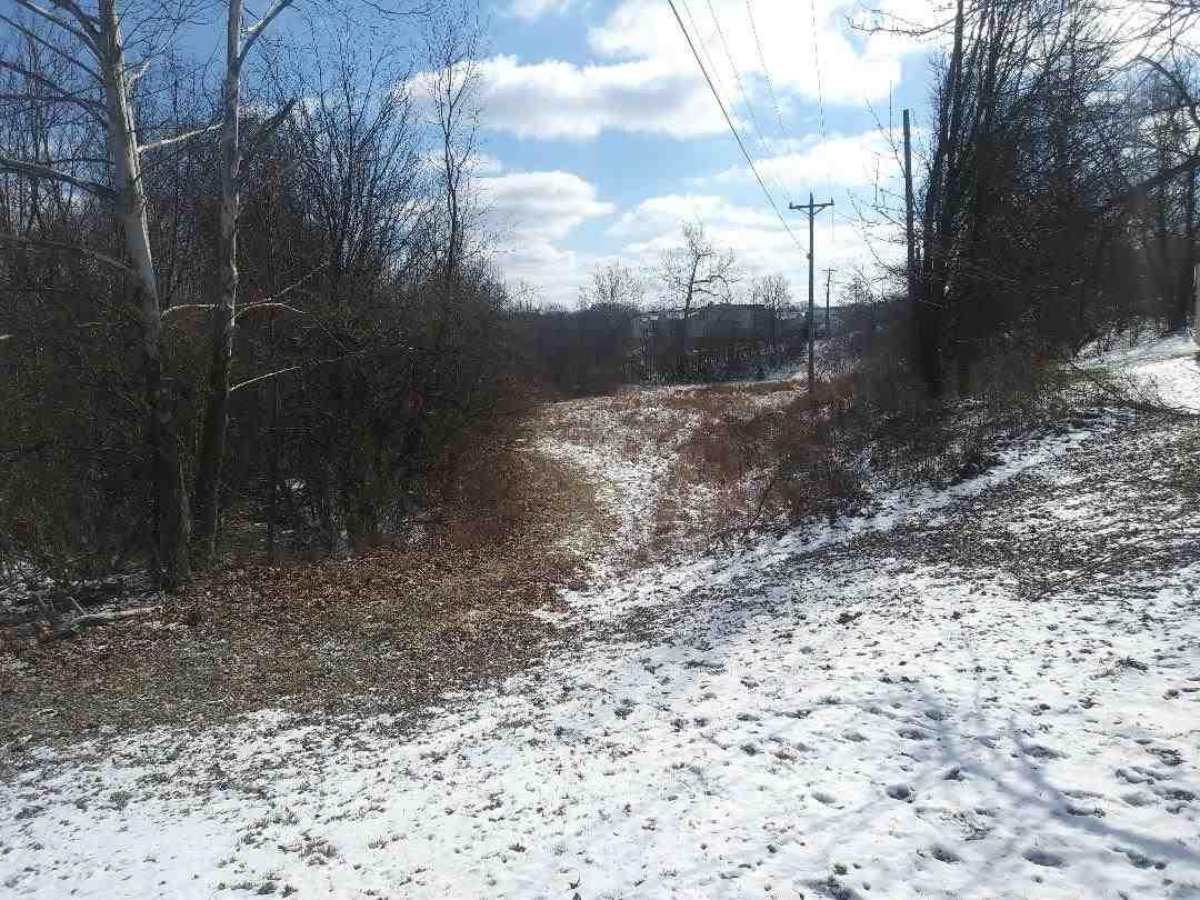 Photo 3 for Hunters Trace Burlington, KY 41005
