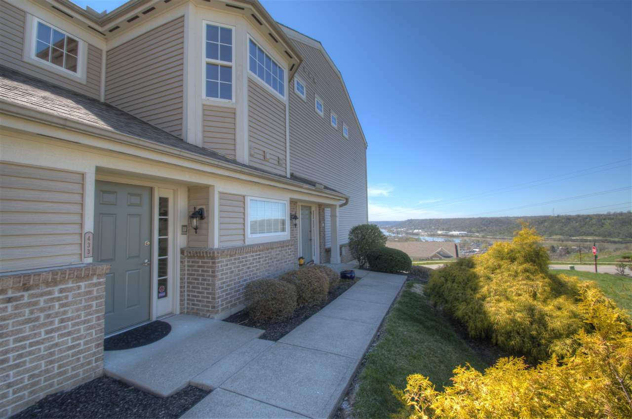 Photo 3 for 433 Pinnacle Way Ludlow, KY 41016