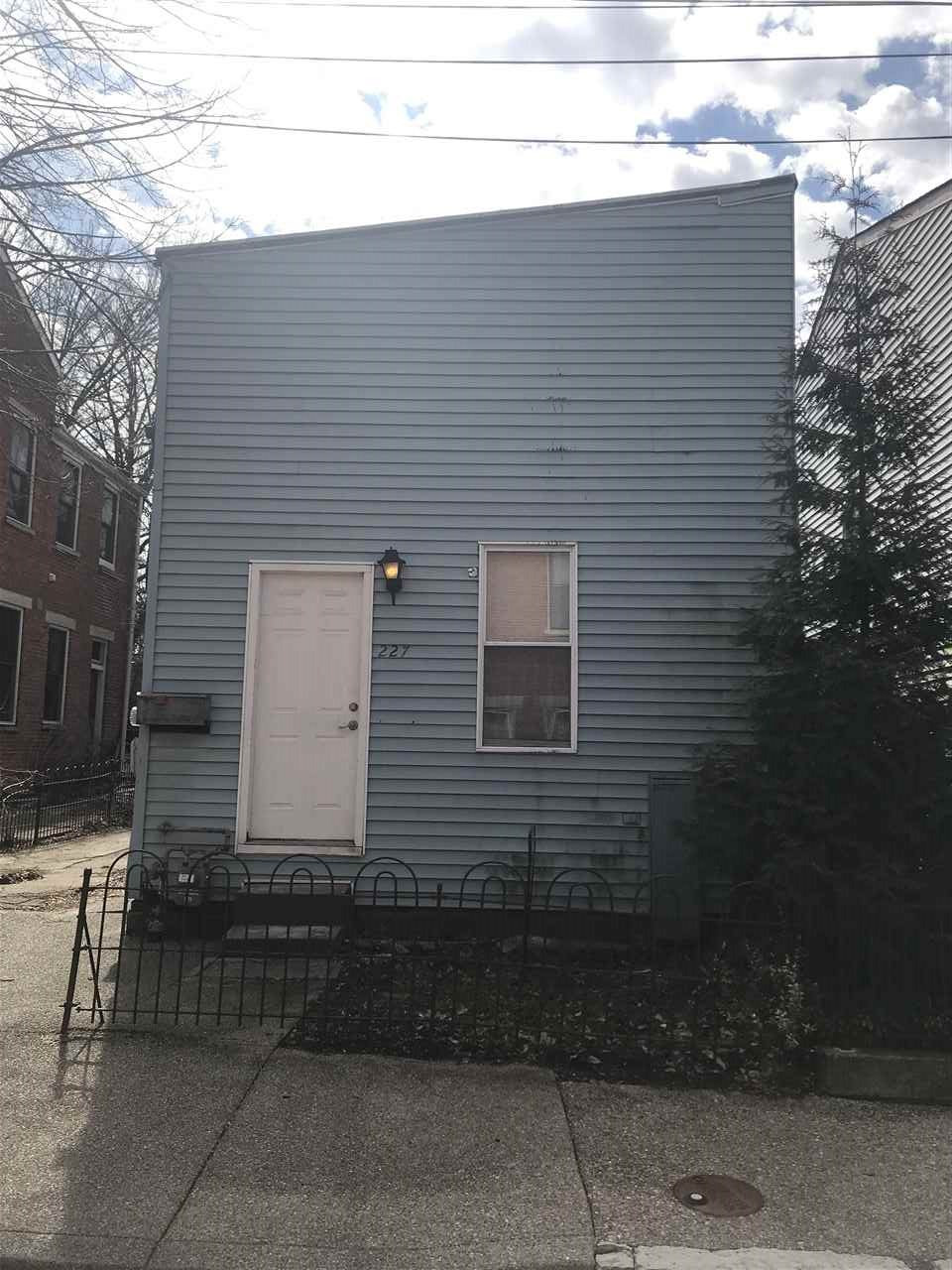 Photo 1 for 227 Covington Ave Covington, KY 41011