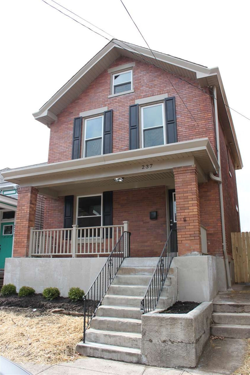 Photo 1 for 237 Walnut St Bellevue, KY 41073
