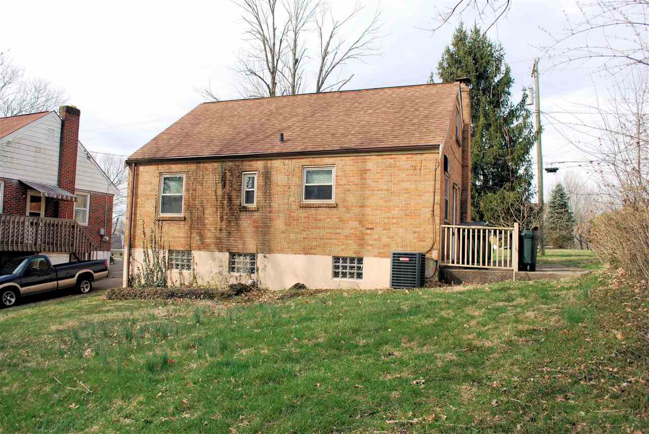 Photo 3 for 49 Eastern Ave Elsmere, KY 41018
