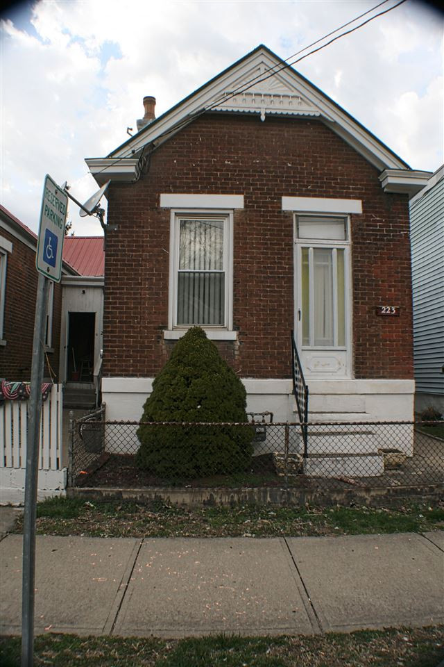 Photo 1 for 223 W 12th St Newport, KY 41071