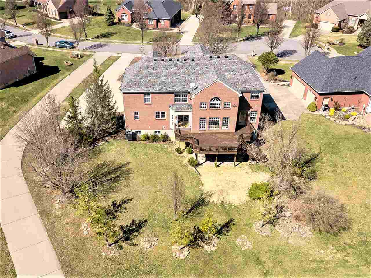 Photo 3 for 120 Whispering Woods Dr Alexandria, KY 41001