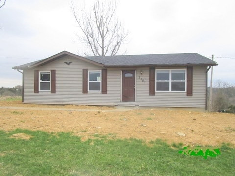 Photo 1 for 2381 Western Hills Foster, KY 41043