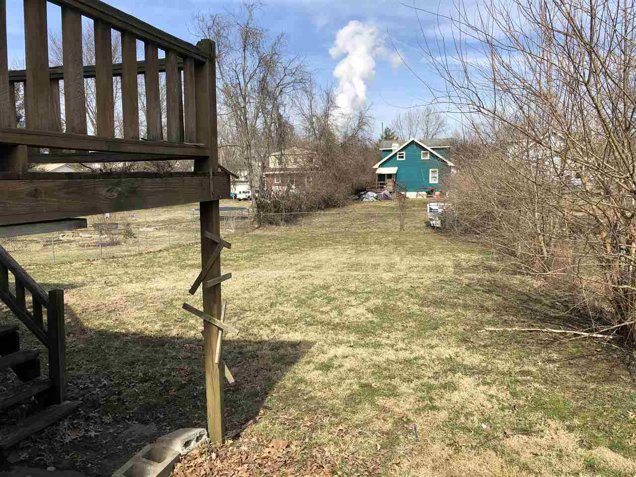 Photo 3 for 105 W 2nd St Silver Grove, KY 41085