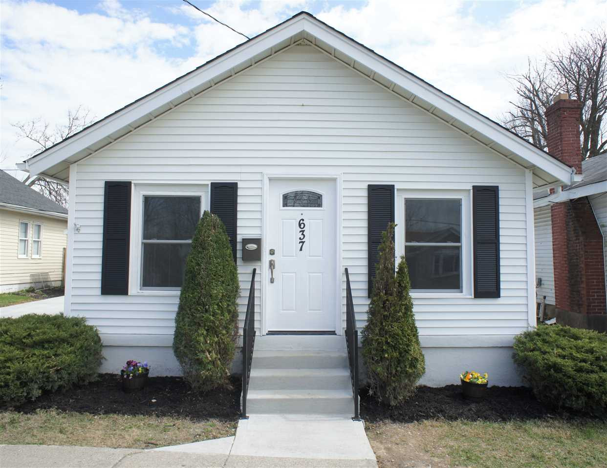 Photo 2 for 637 Maple Ave Elsmere, KY 41018