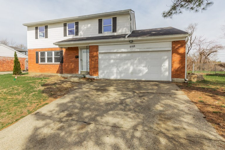 Photo 1 for 7102 Manderlay Dr Florence, KY 41042