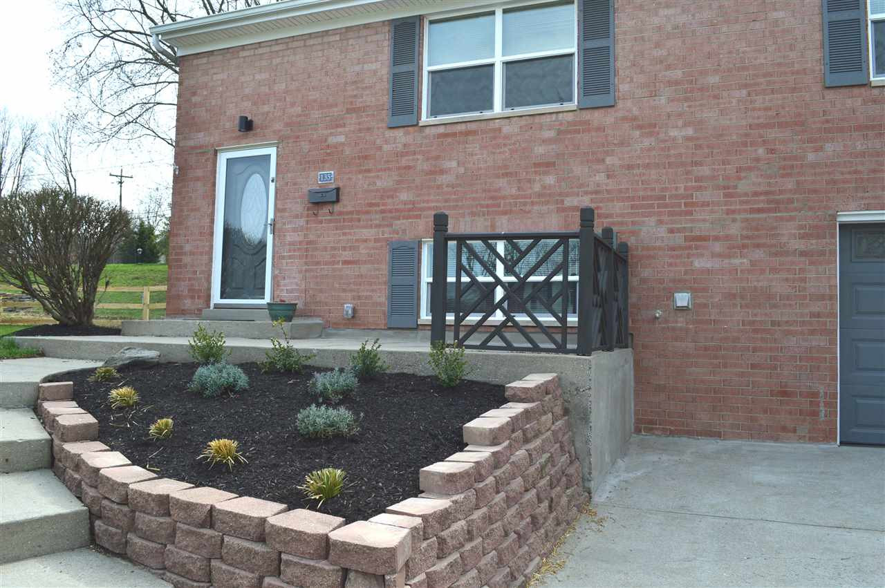 Photo 2 for 135 Raintree Florence, KY 41042