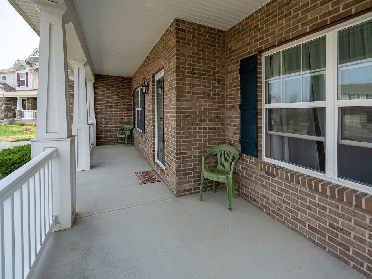 Photo 2 for 927 Ally Way Independence, KY 41051