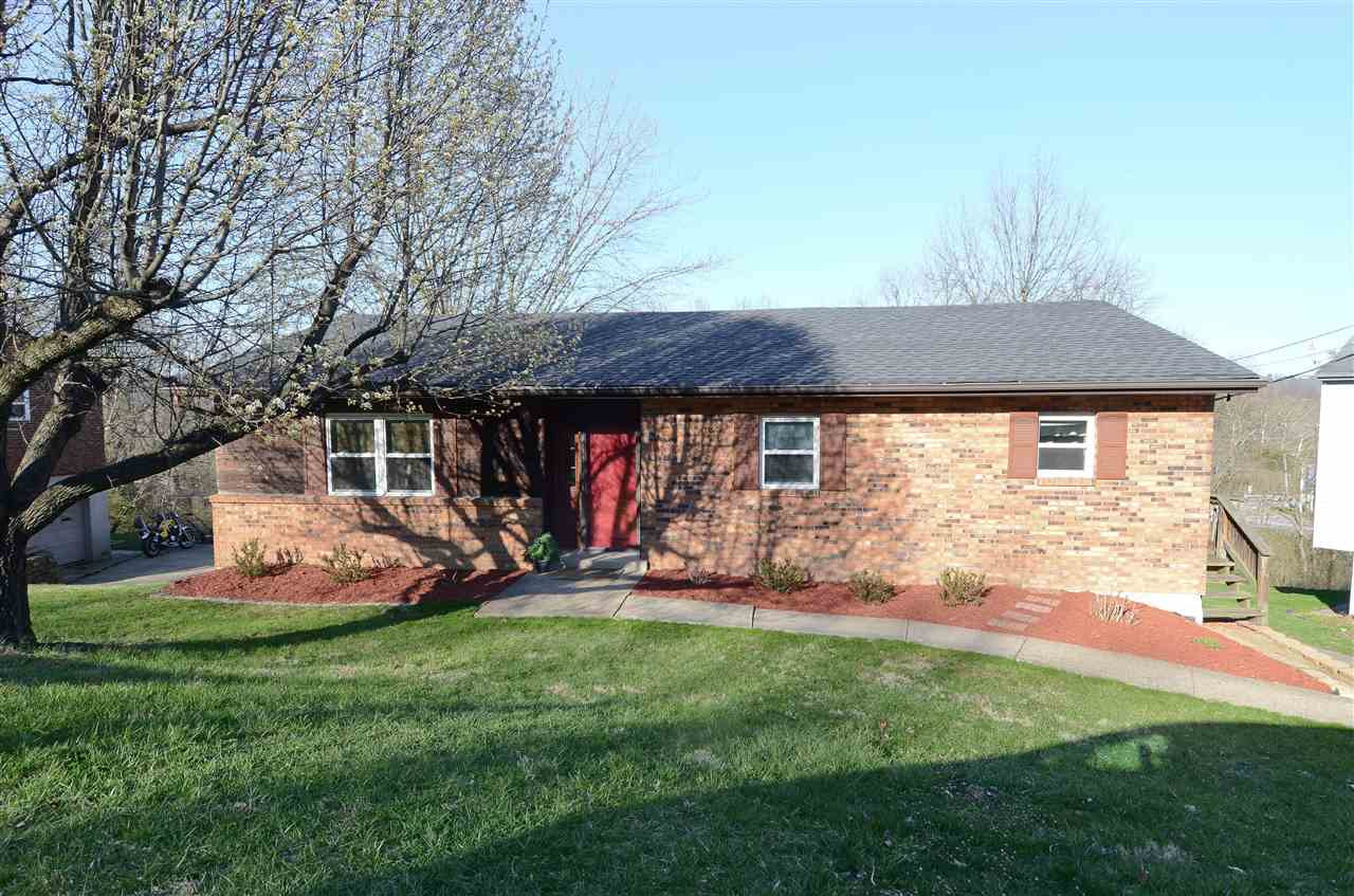 Photo 2 for 718 Parkview Dr Taylor Mill, KY 41015