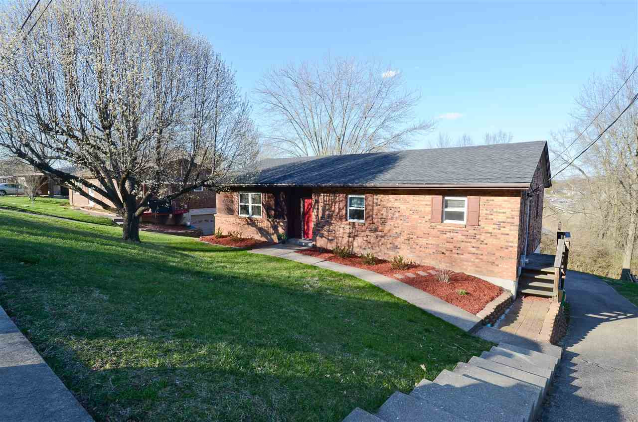 Photo 3 for 718 Parkview Dr Taylor Mill, KY 41015