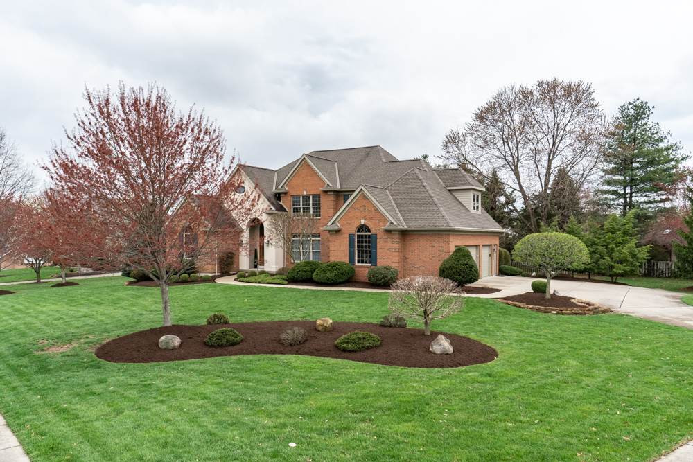 Photo 2 for 909 Squire Oaks Dr Villa Hills, KY 41017