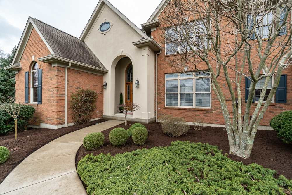 Photo 3 for 909 Squire Oaks Dr Villa Hills, KY 41017