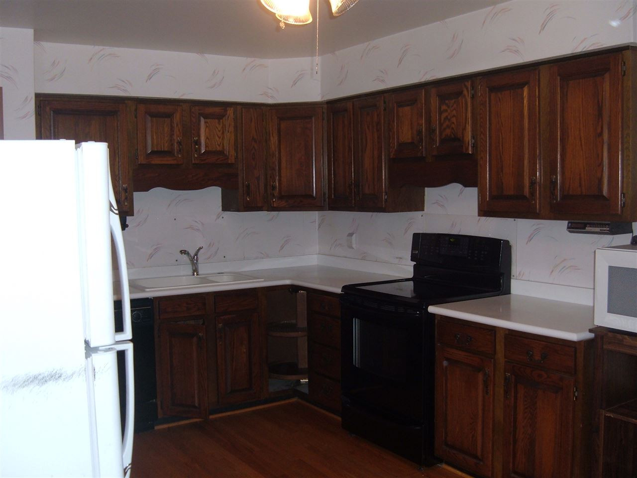 Photo 3 for 206 Caldwell Dr Elsmere, KY 41018