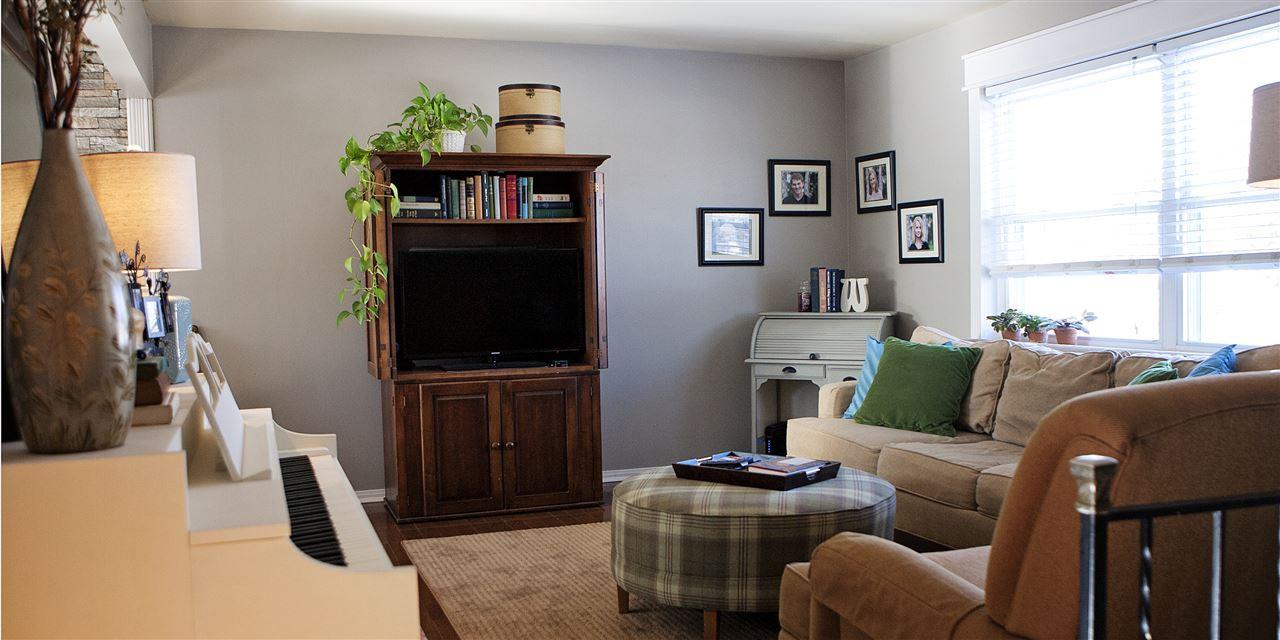 Photo 3 for 833 Niewahner Dr Villa Hills, KY 41017