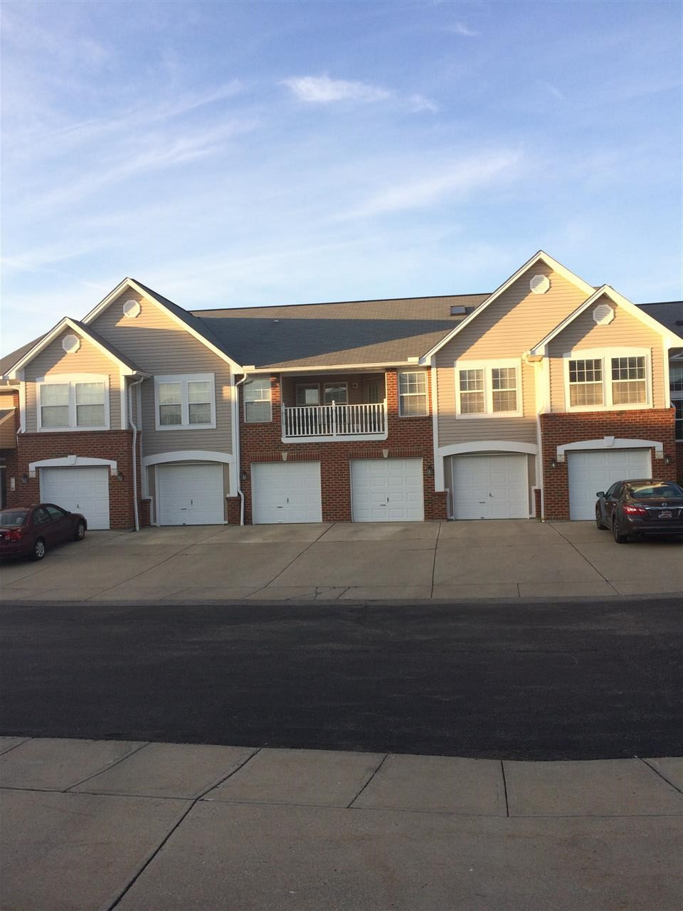 Photo 1 for 522 Fawn Run Highland Heights, KY 41076