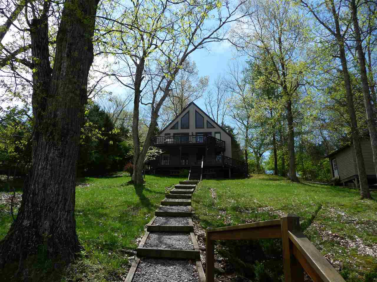 Photo 3 for 445 Elk Lake Resort Road, 1404 Owenton, KY 40359