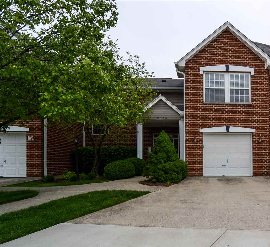 Photo 1 for 204 Langshire Ct, 13 Florence, KY 41042