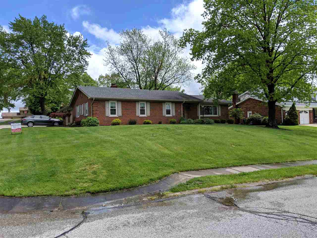 Photo 2 for 754 Robin Ln Villa Hills, KY 41017