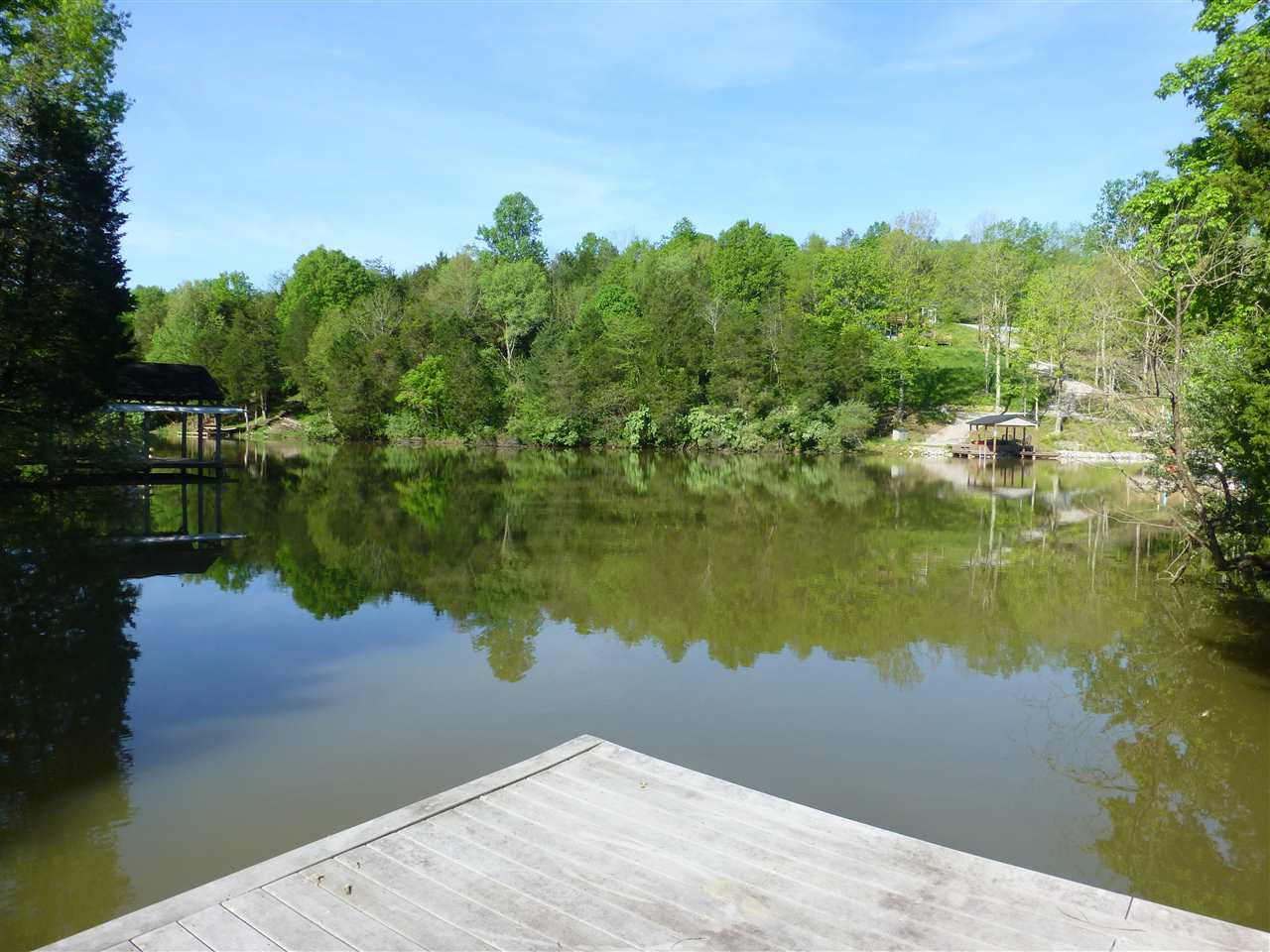 Photo 2 for 445 Elk Lake Resort Rd, 1420 Owenton, KY 40359