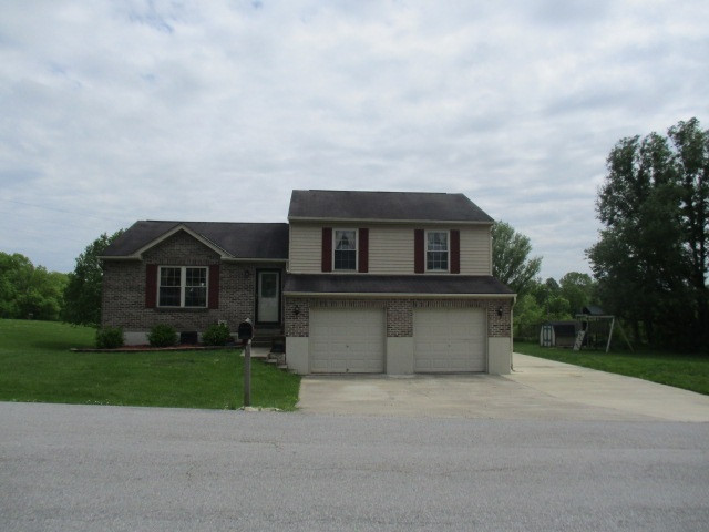 Photo 3 for 82 Chad Schafer Falmouth, KY 41040
