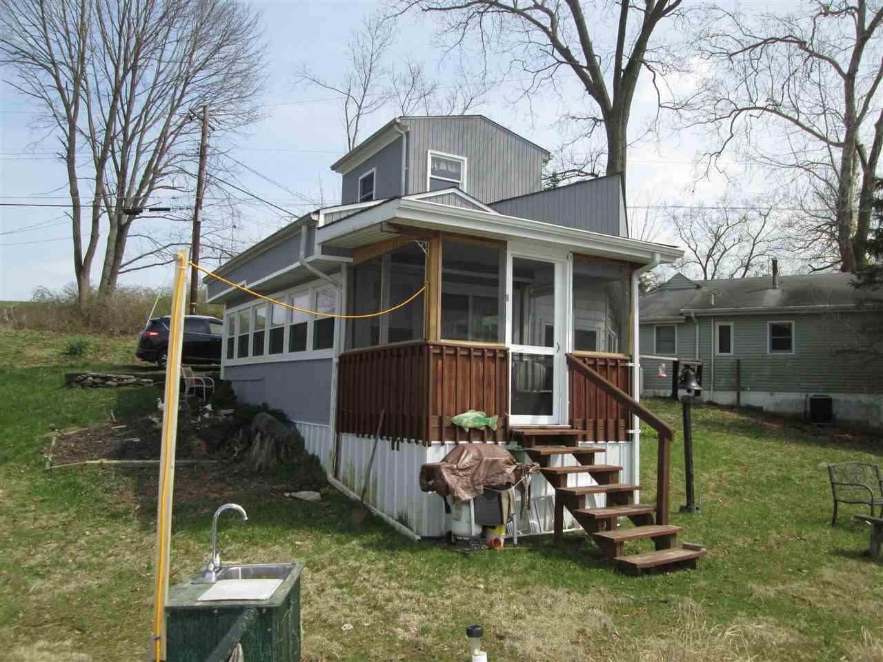 Photo 3 for 23 Boone Lake Cir Walton, KY 41094