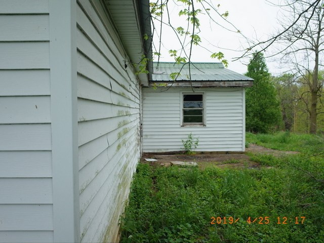 Photo 3 for 3212 Poindexter Rd Cynthiana, KY 41031