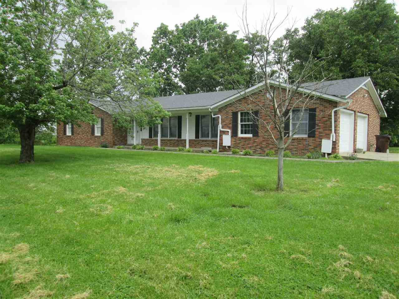 Photo 2 for 87 Jacks Branch Rd Berry, KY 41031