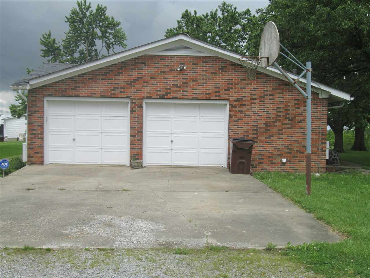 Photo 3 for 87 Jacks Branch Rd Berry, KY 41031