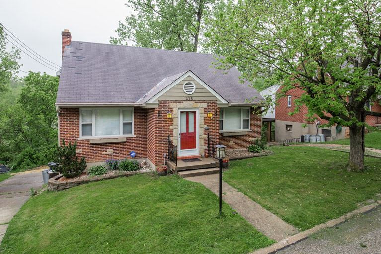 Photo 1 for 215 Cleveland Bellevue, KY 41073