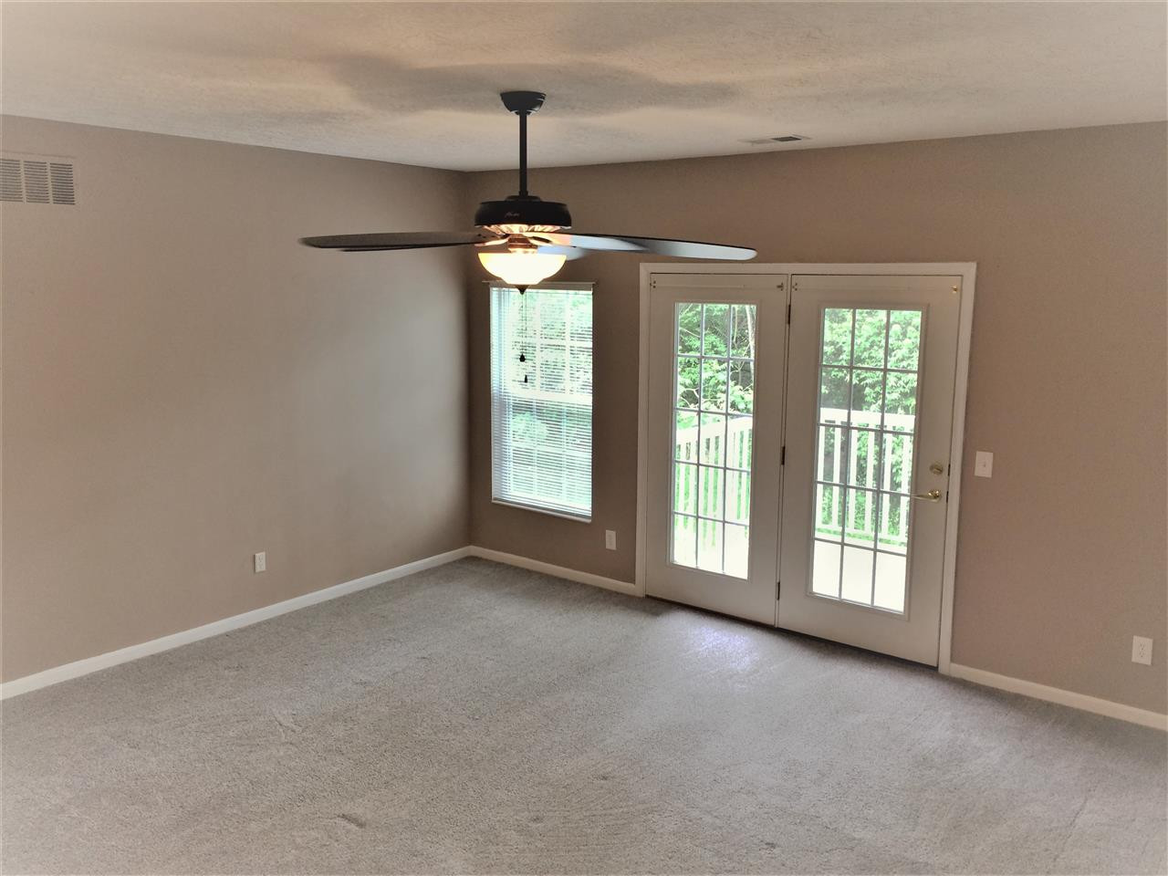 Photo 2 for 551 Ivy Ridge Dr, 10 Cold Spring, KY 41076