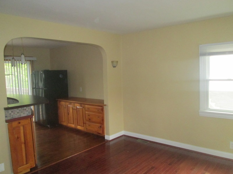 Photo 2 for 153 Steelman Highland Heights, KY 41076