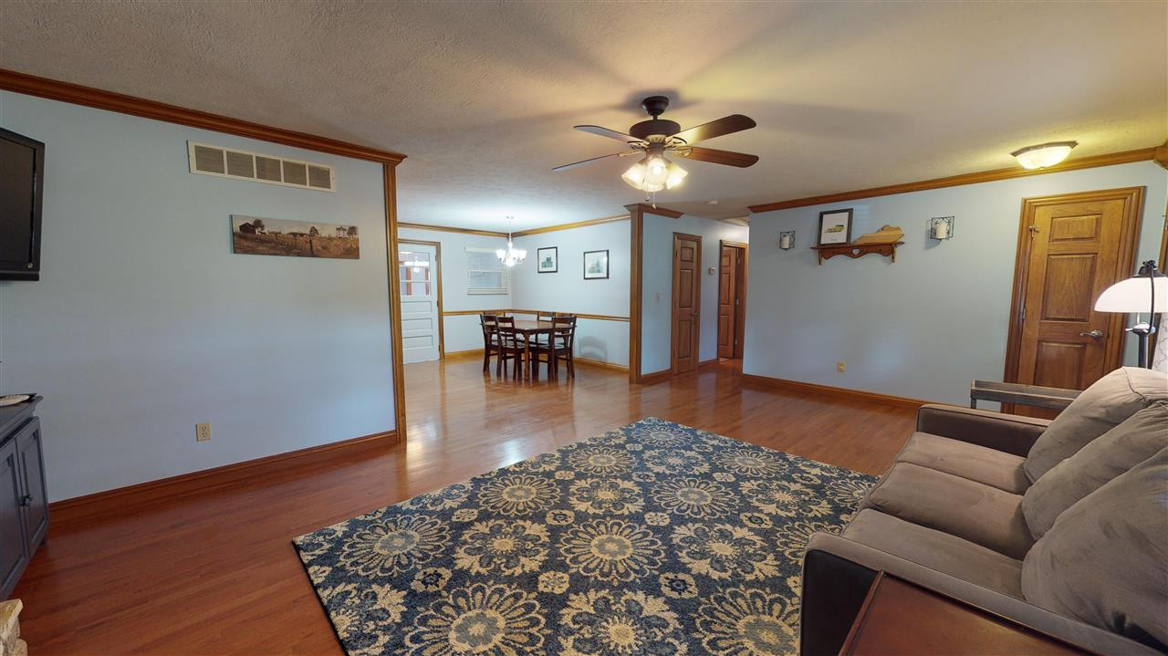 Photo 3 for 492 Maher Rd Walton, KY 41094