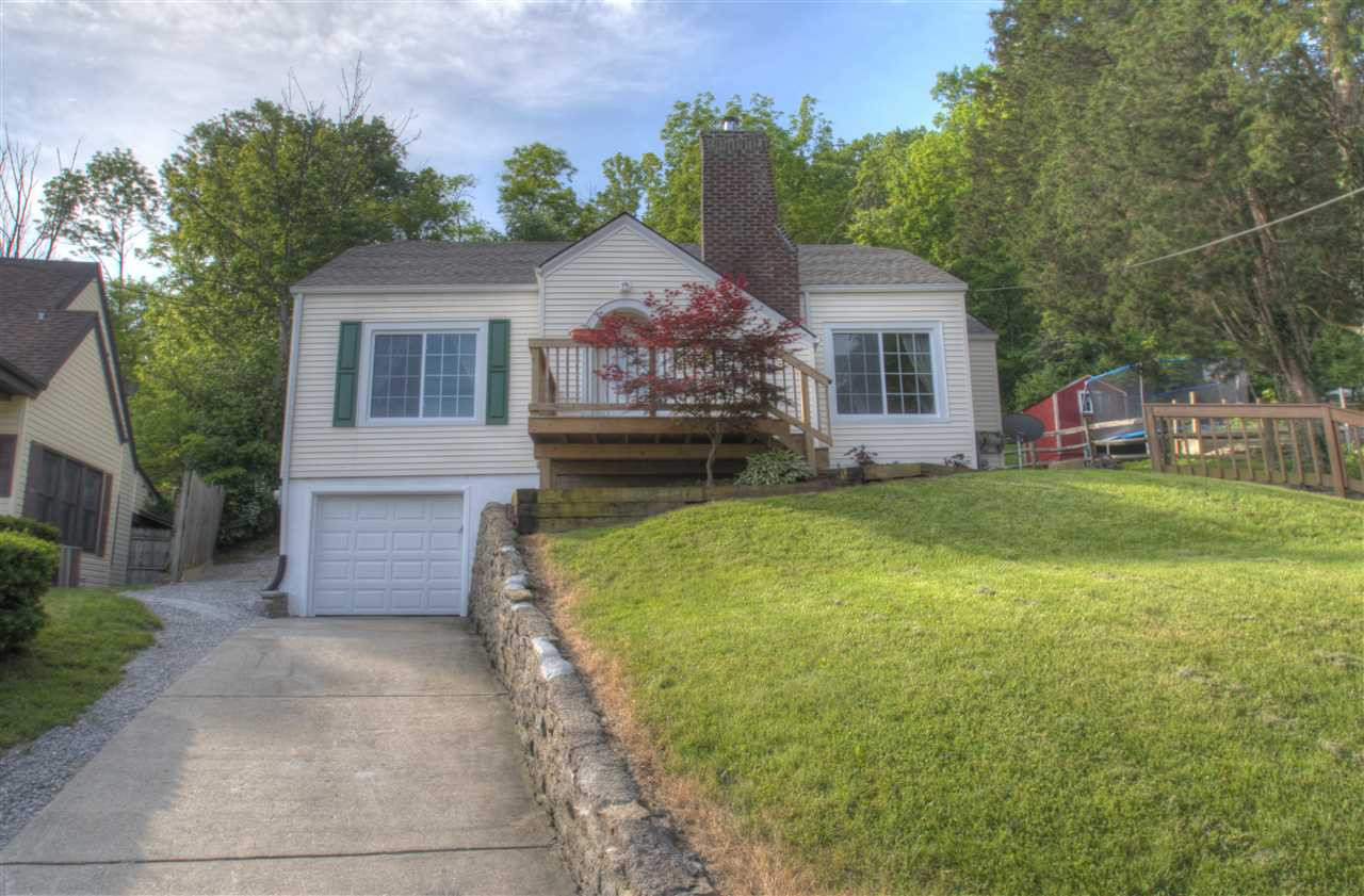 Photo 3 for 4810 Winona Dr Taylor Mill, KY 41015