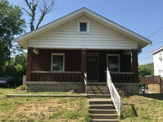 Photo 1 for 124 W 4th St Silver Grove, KY 41085