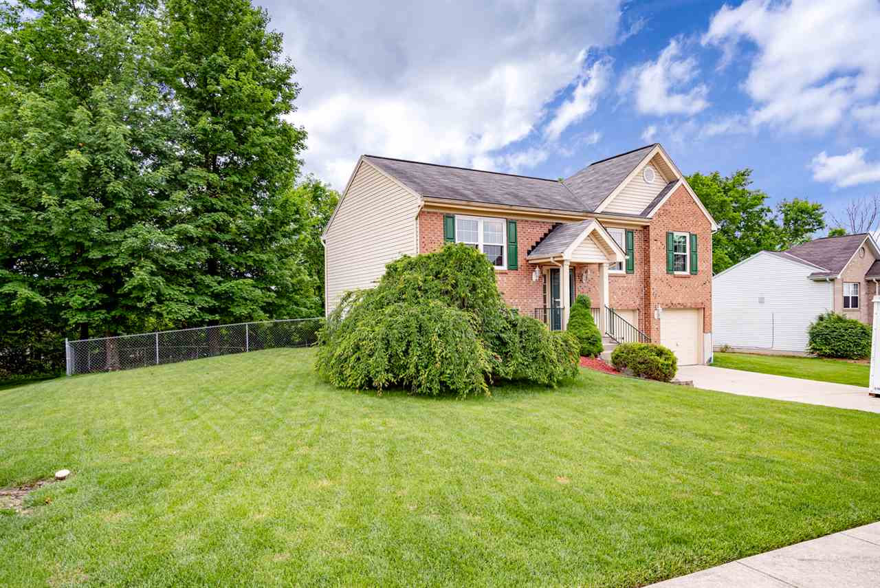 Photo 3 for 725 Bear Ct Independence, KY 41051
